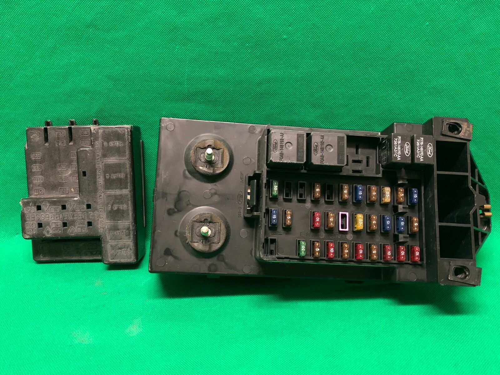 hight resolution of 1998 98 ford f250 f150 truck interior fuse box relay fusebox f85b 14a067 aa for sale online
