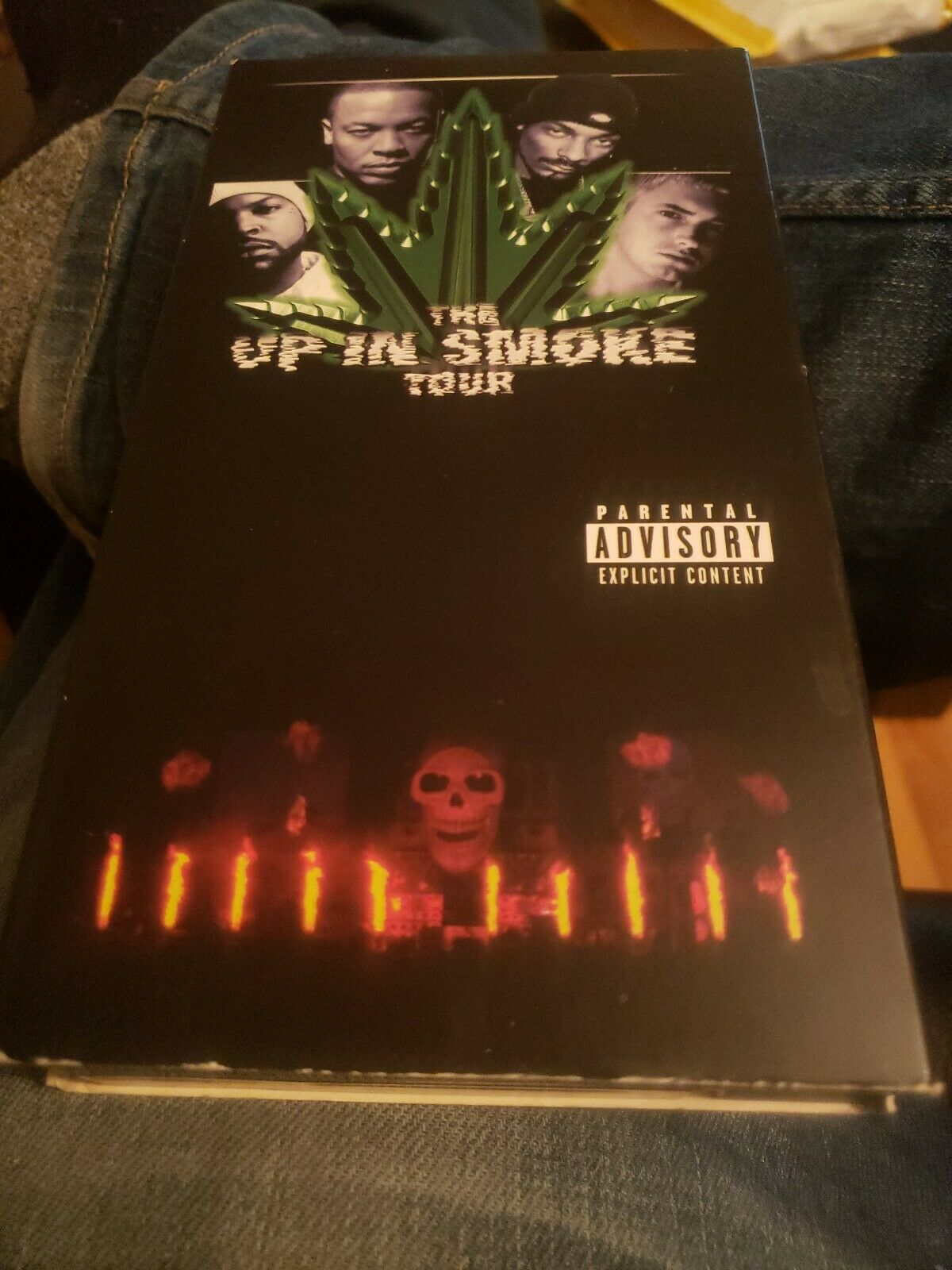 The Up In Smoke Tour VHS 2000 Tape Dr. Dre Snoop Dog Eminem Ice Cube Rap Hip Hop