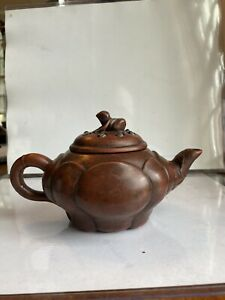 Chinese Yixing Zisha Tea Pot Lobed Body Frog Eggs Vines On Spout Artist Signed