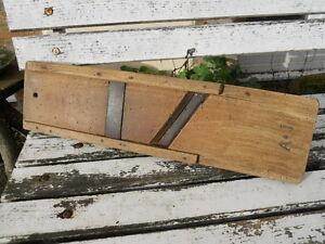 details sur ancienne grande rape en bois et fer deco cuisine loft monogramme a j xixe