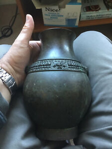 Antique China Original Bronze Decorated Chinese Urn Vase