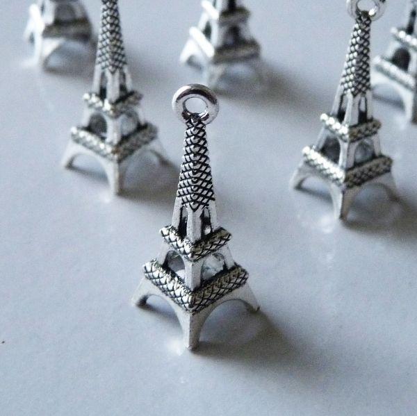 8pcs Eiffel Tower Charm Pendant Necklace Findings Bracelet