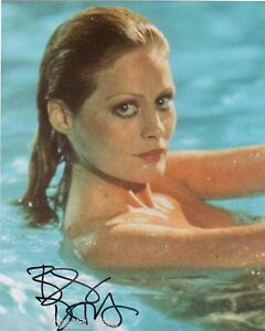 Beverly DAngelo 8 X 10 Autograph Reprint Christmas