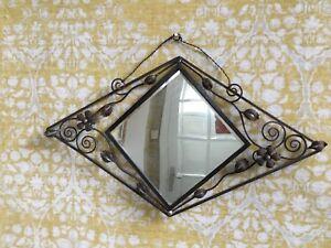 details sur miroir mural d entree art deco 1930