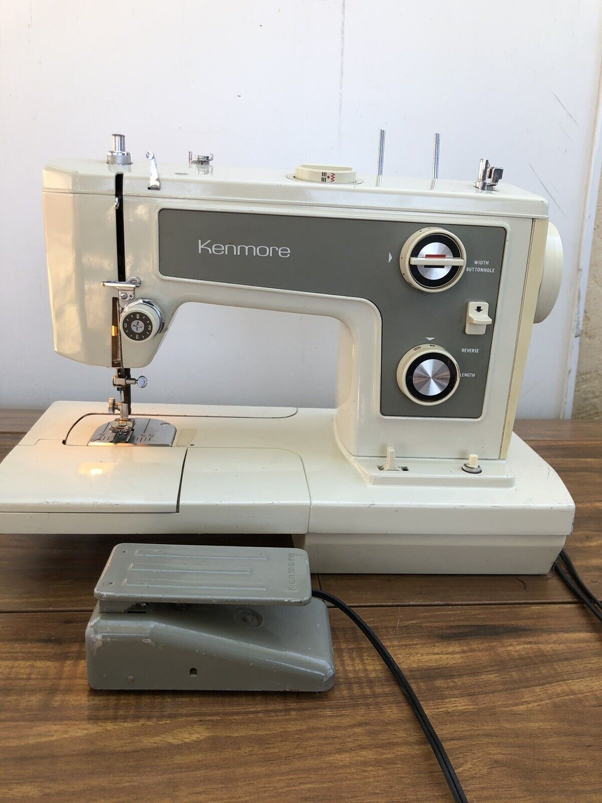 Vintage Sears Kenmore Sewing Machine : vintage, sears, kenmore, sewing, machine, Vintage, Sears, Kenmore, Sewing, Machine, Model, 148.19370, Excellent, Condition, Online