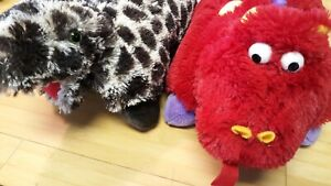 details about pillow pets dinosaur lot pee wees spotted red dinos plush toy lot