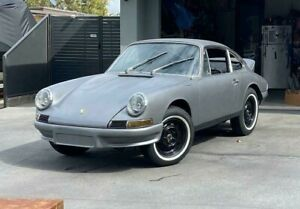 1967 Porsche 912 Rolling shell project # 911 356 928 944 turbo