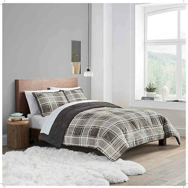 ugg reversible 3 piece king size comforter set in charcoal plaid nwt