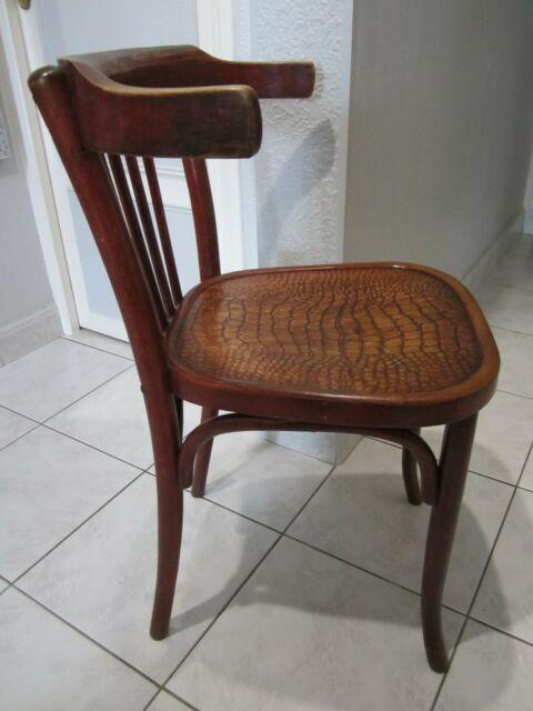 ancienne chaise de bureau thonet