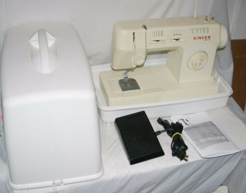 small resolution of kenmore 17126 sewing machine hard case pedal zig zag w accessories runs vg for sale online ebay
