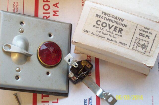 *NEW* BELL SQUARE D 2 GANG WEATHERPROOF COVER w SP SWITCH. SOCKET & JEWEL 230-PL | eBay