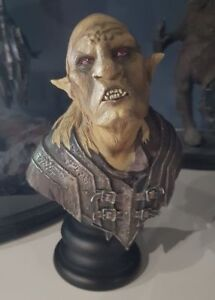 details sur statue buste sideshow weta orc overseer lord of the ring seigneur des anneaux