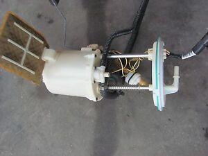 LINCOLN LS FUEL PUMP V6 30 L 3W4U9H307AG 2003 2004 2005