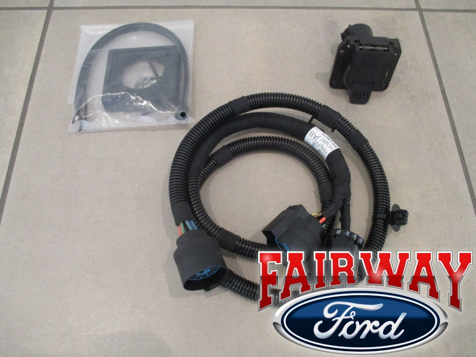 hight resolution of 17 thru 19 super duty f250 f350 f450 f550 oem ford in bed trailer wiring harness