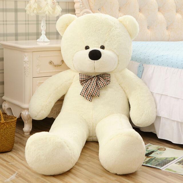 giant teddy bear big