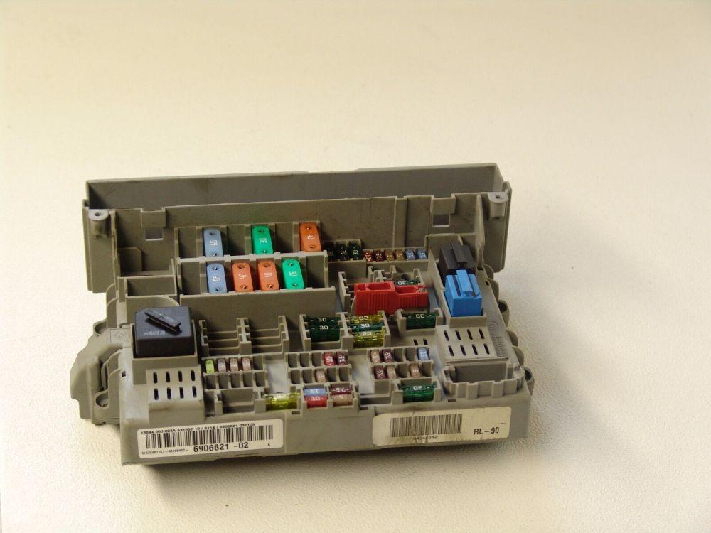 medium resolution of oem bmw e90 2005 3 series fuse power distribution box 6906621 bmw e93 fuse box wiring