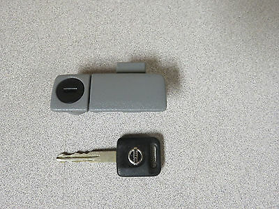 2004-2006 NISSAN QUEST OEM RIGHT SIDE FRONT GLOVE BOX