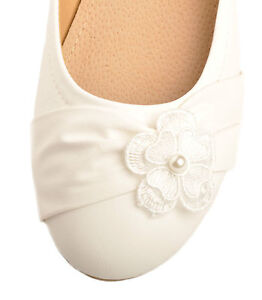 ber Weie Perle Blumendetail Hochzeit Flache Pumps Braut Ballerina 41 42 43 44  eBay