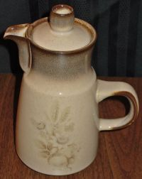 "DISCONTINUED DENBY MEMORIES LARGE 9"" COFFEE POT NEW 