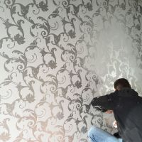 Victorian Damask 3D Feature Wallpaper Roll | Silver and ...