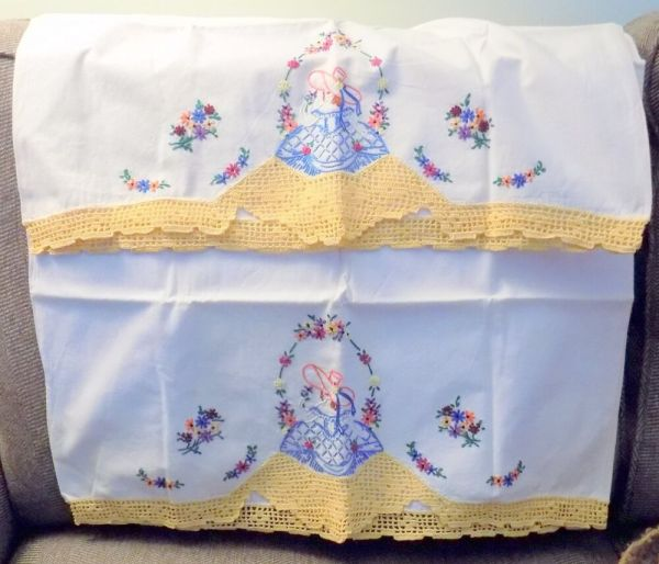 Vintage Embroidered Crochet Southern Belle Pillow Cases-nr