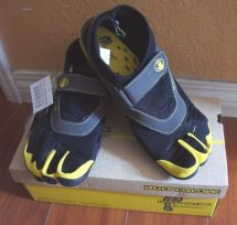 Body Glove Boy 3t Barefoot Max Kids Water Shoes 3-toe