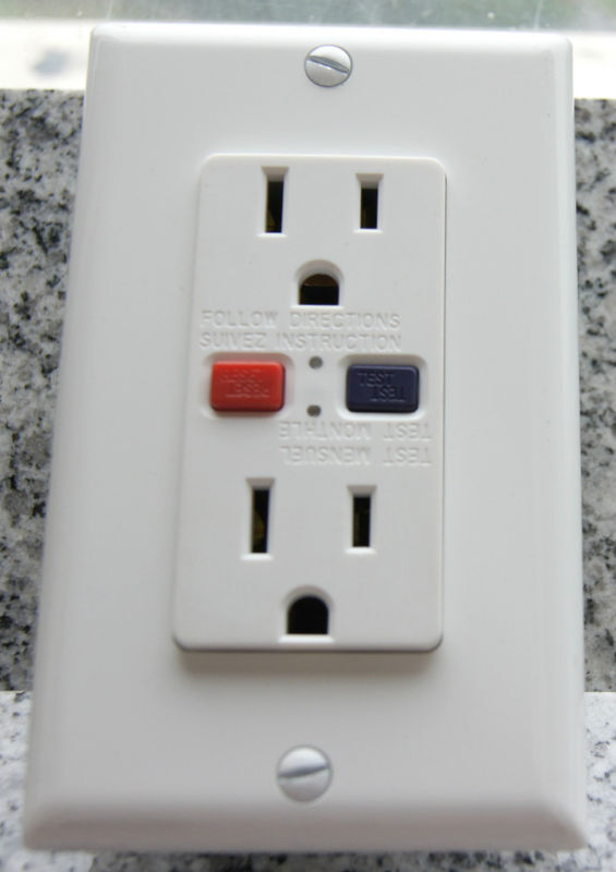 Lot 10 15a Receptacles Ground Fault Gfci New White Etl Ebay