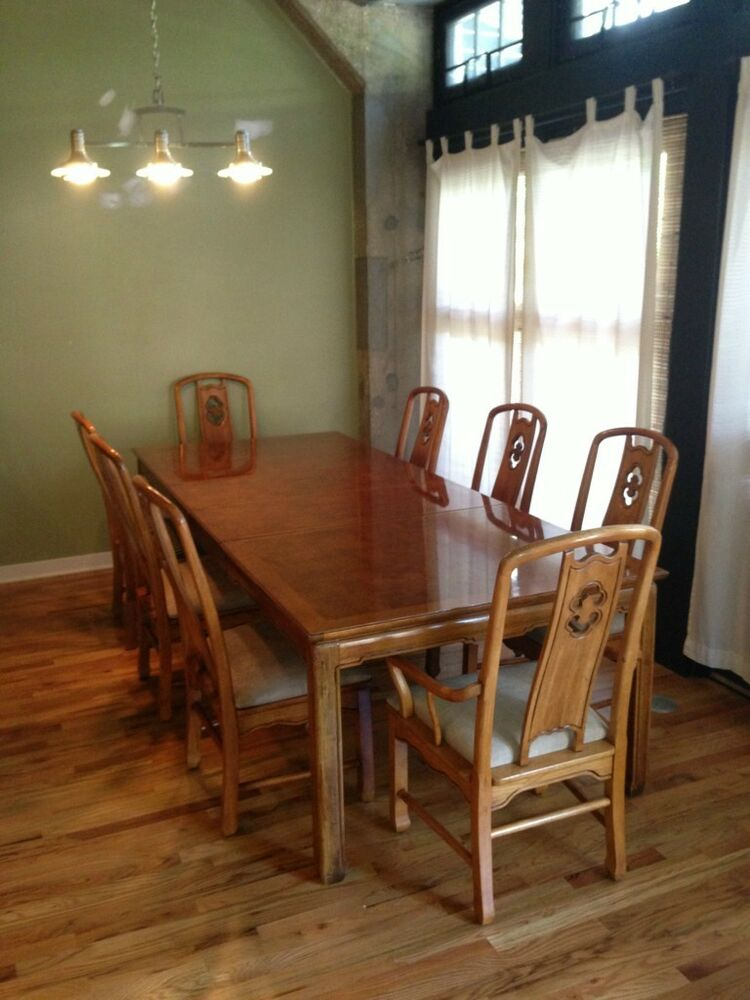 Thomasville Dining Table with 8 Chairs and 2 Leaves  eBay