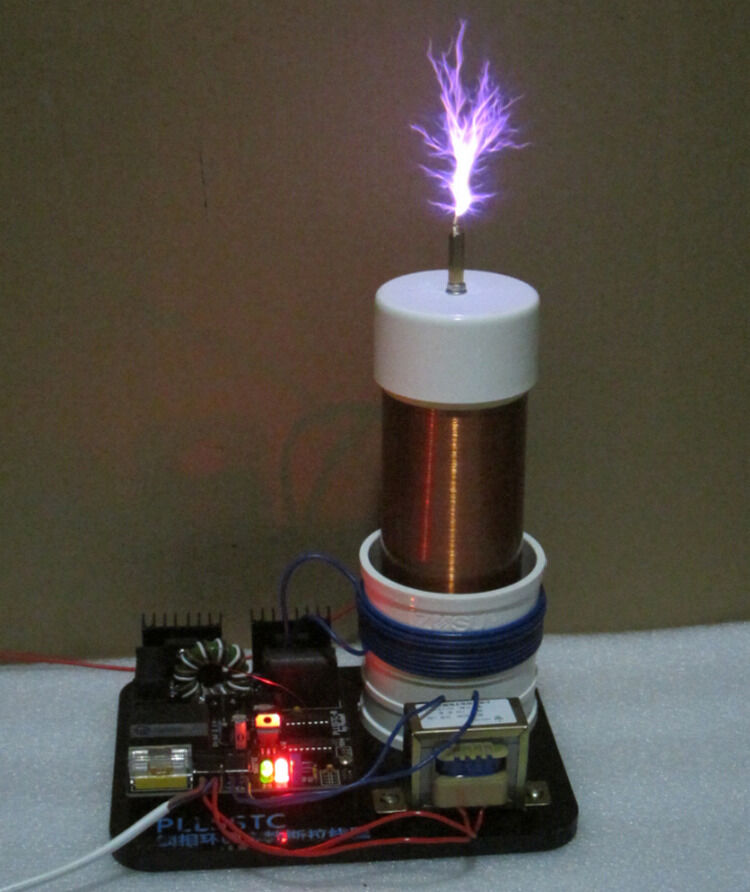 High Voltage Pulse Generator Circuit Together With Tesla Coil Circuit