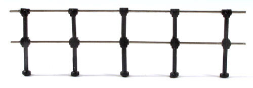 Ratio 144 Fencing Stanchions x 20 + Wire Black Plastic '00