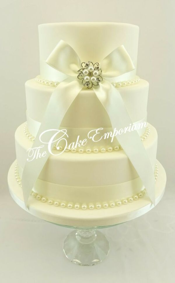 Wedding Cake with Pearls and Ribbon