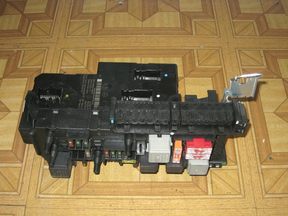 2008 c300 fuse box for