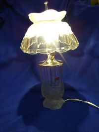 BEAUTIFUL VINTAGE LEAD CRYSTAL LAMP AND SHADE | eBay