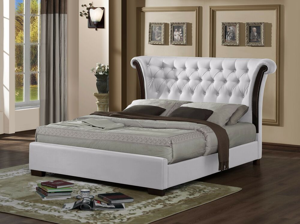 White Luxurious Chesterfield Rolltop 4ft6 Double Bed Frame