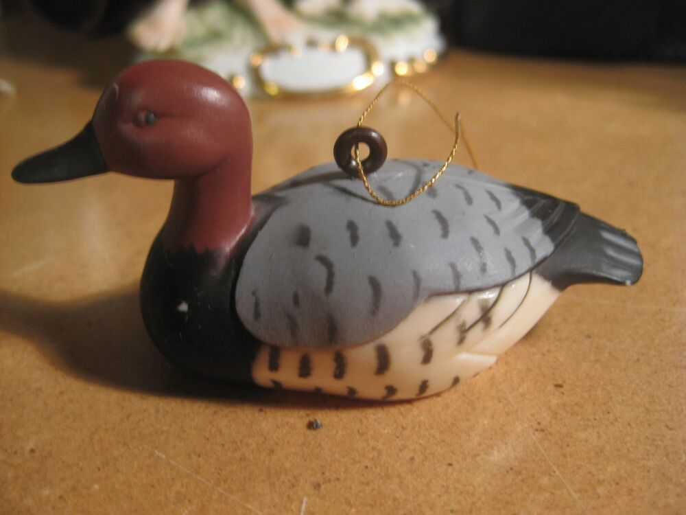 Plastic Duck Decoy Bird Christmas Holiday Ornament Hong