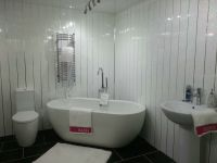 4 White Sparkle Chrome Strip Wall Panels PVC Waterproof ...