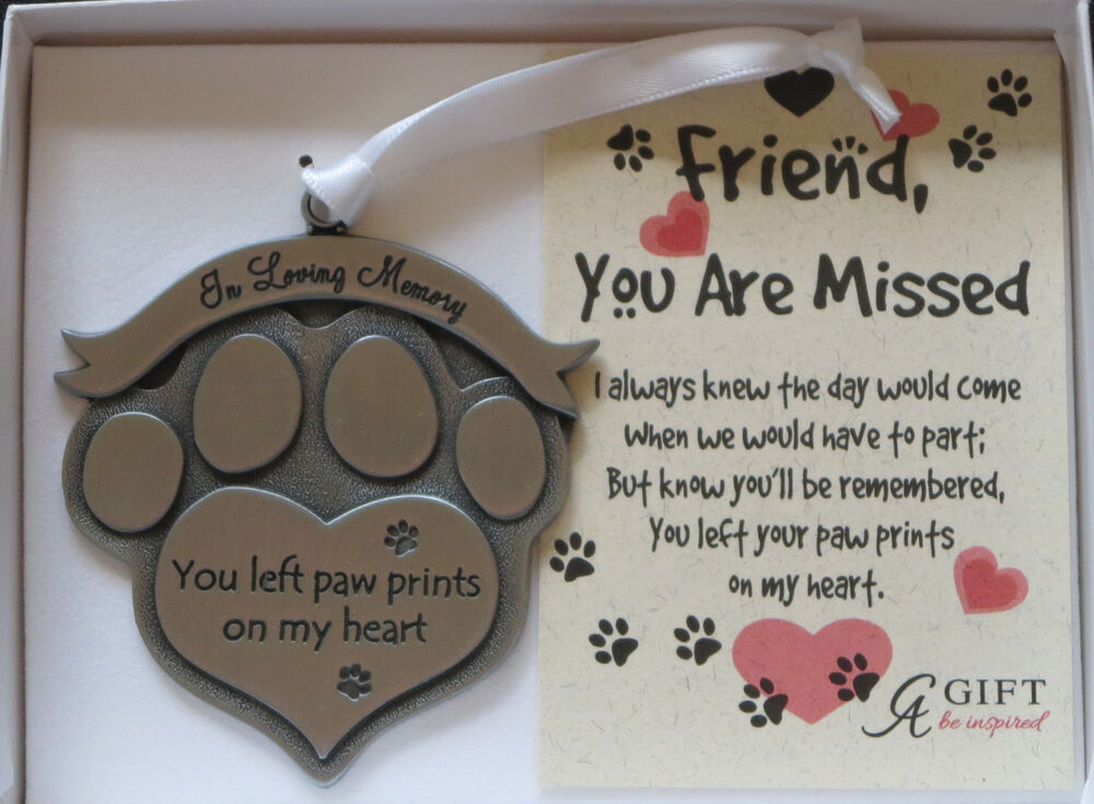 In Loving Memory You Left Paw Prints On My Heart Ornament