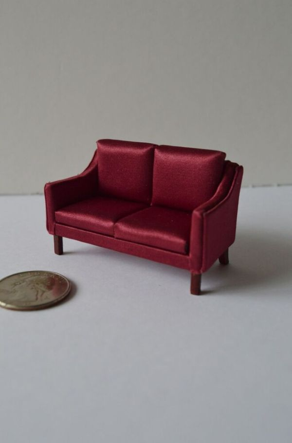Dollhouse HALF SCALE 124 Furniture 3225H CRDM Sofa eBay