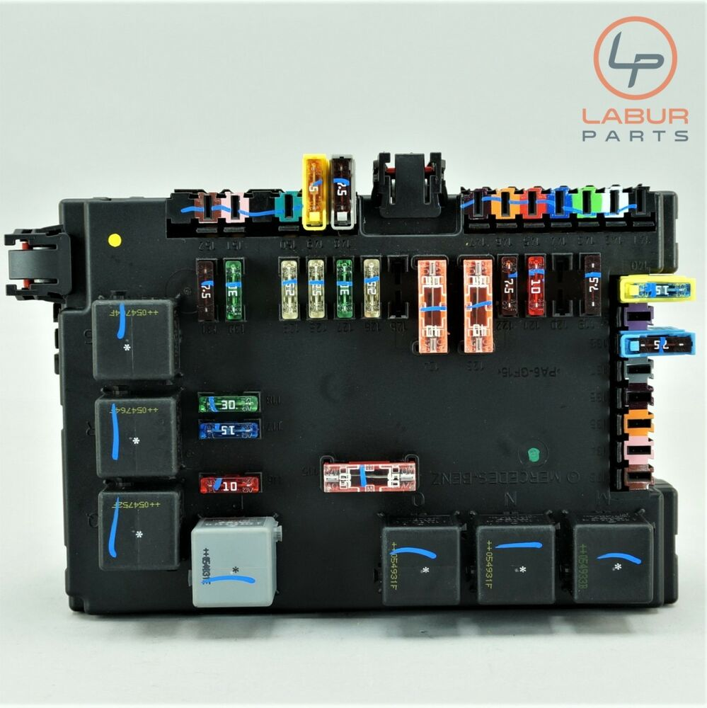hight resolution of details about c776 w221 mercedes 07 13 s class rear sam module and fuse box block