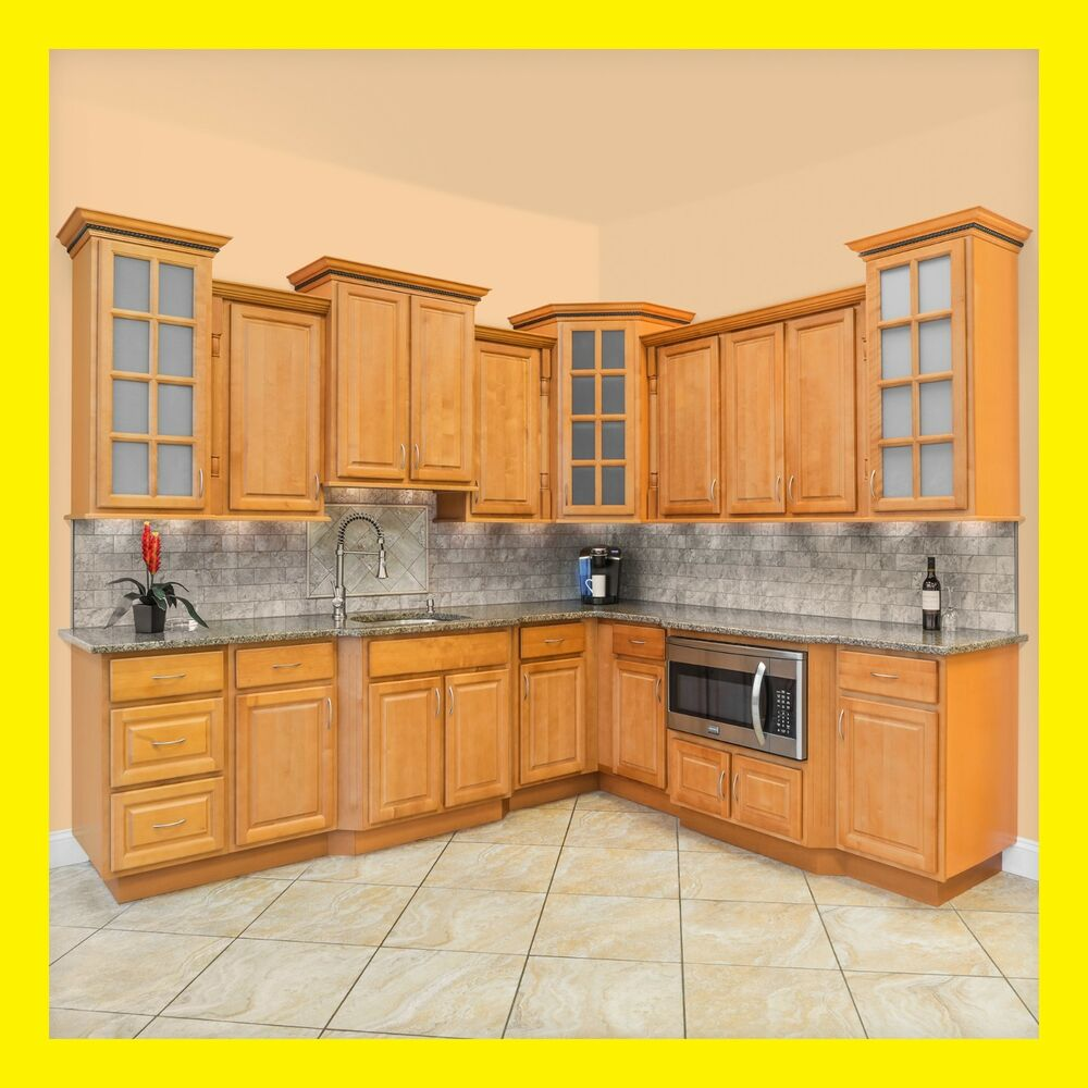 Richmond All Wood Kitchen Cabinets, Honey Stained Maple