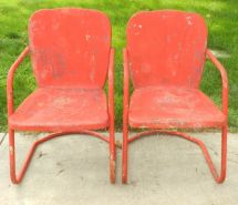 Lot Of 2 Vintage Matching 1950s Metal Clamshell Patio