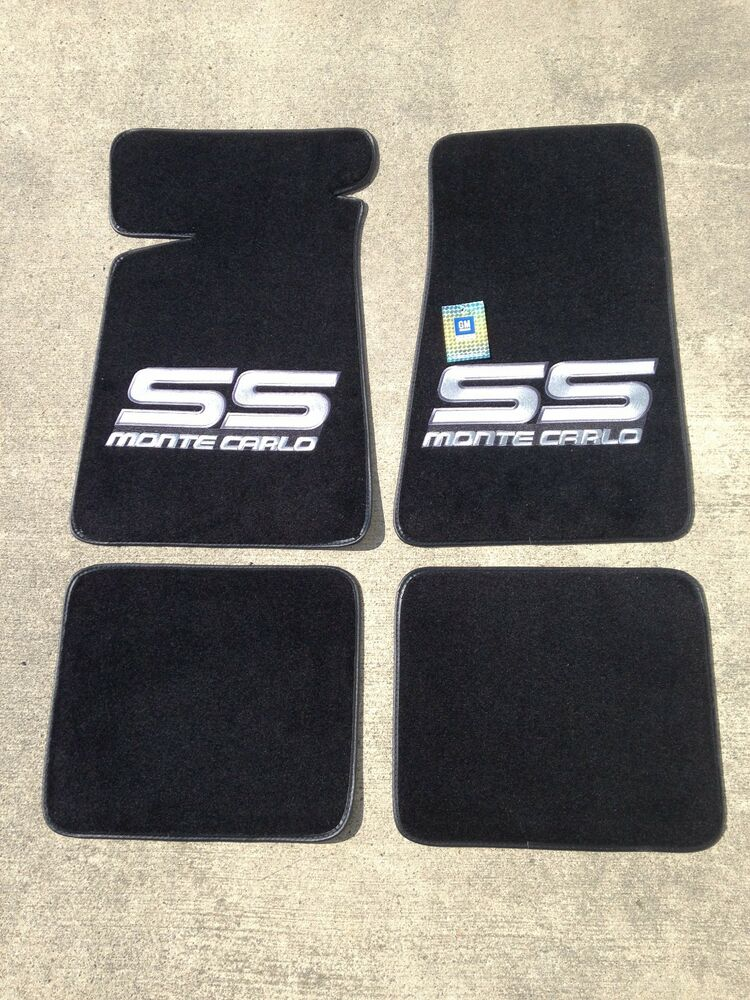 Carpeted Floor Mats  Large Gray Monte Carlo SS on Black