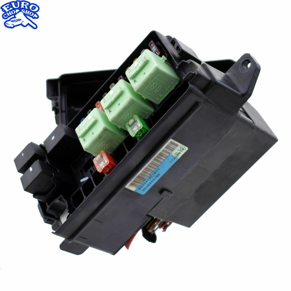 hight resolution of details about left hood fuse relay box mini cooper r56 r55 r57 r58 r59 r60 r61 lci 09 10 11 15