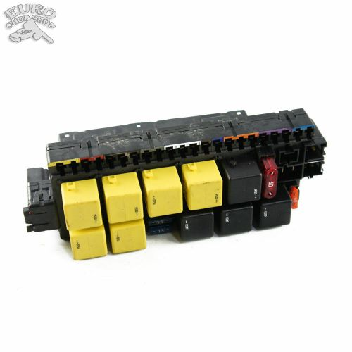 small resolution of front left fuse relay box mercedes w220 w215 00 06 s430 s500 s55 cl500 cl55 ebay