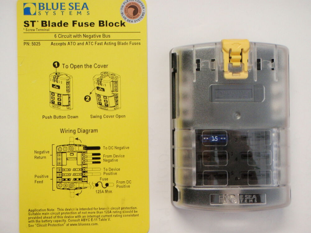 Blue Sea 5026 St Blade Fuse Block W Cover 12 Circuit