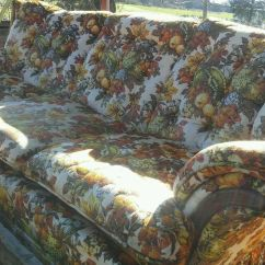 Vintage Camel Back Sofa Bett Kennedy 008 Deville Furniture Funky Floral Fruit Pattern ...