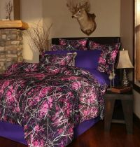 NEW MUDDY GIRL PURPLE PINK CAMOUFLAGE CAMO COMFORTER