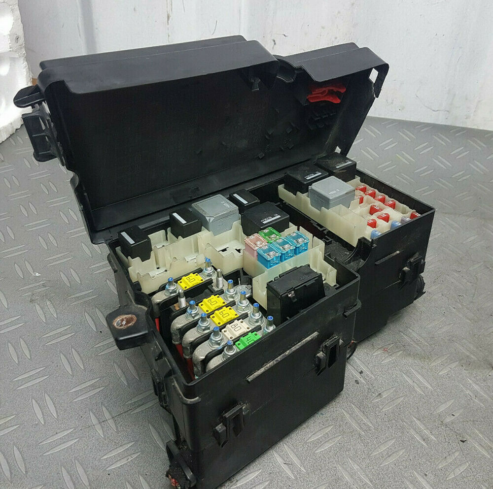 hight resolution of fuse box for ford focu