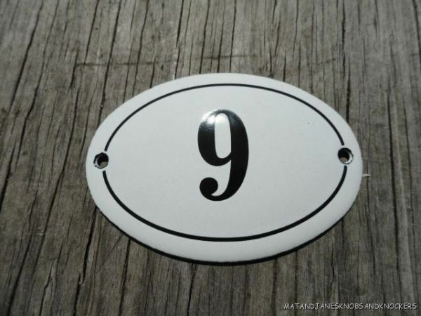 SMALL ANTIQUE STYLE ENAMEL DOOR NUMBER 9 SIGN PLAQUE HOUSE