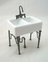 Kitchen Sink Small